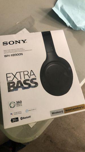 Sony wireless headphones with extra bass for Sale in Phoenix, AZ