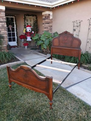 ANTIQUE TWIN SIZE BED FRAME W/ RAILS & SUPPORTS SLATS (CIRCA 30'S/40'S) for Sale in Corona, CA
