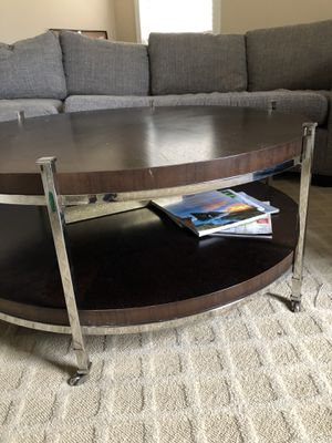 Cocktail table for Sale in Covington, KY