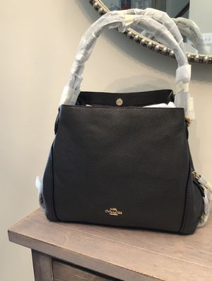 Coach Edie shoulder bag 31 for Sale in Ashburn, VA