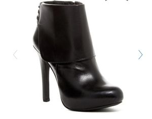 Jessica Simpson ankle heeled boots size 6.5 for Sale in Auburn, WA