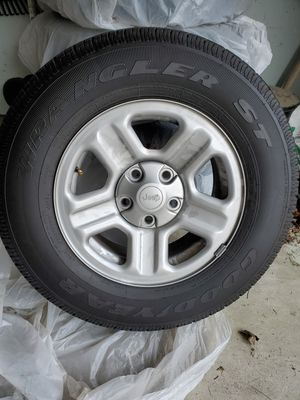 Jeep Wheels and tires for Sale in Dublin, OH