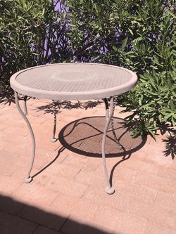 Outdoor Side Table for Sale in Tucson,  AZ