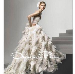 Oscar de la Renta 92e25 Ruffle Organza Wedding Dress 8 for Sale in Jurupa Valley, CA