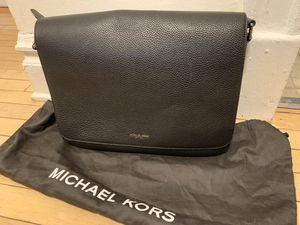 Michael Kors messenger bag for Sale in Chicago, IL