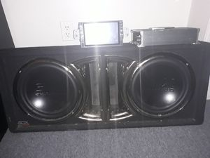 "Sdx pro audio 10"" sub woofers 1500 watt 1 channel boss amp rm/rmvb/bt/fm/ DVR player 6.6"" tft hdp5 for Sale in Slatington, PA"