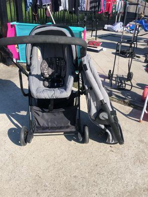 urbini stroller for Sale in Houston, TX