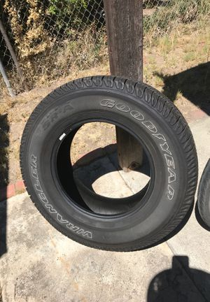 Tire 17 inch for Sale in San Diego, CA