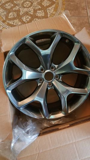 20 inch rim for challenger or charger for Sale in Mineral Wells, MS
