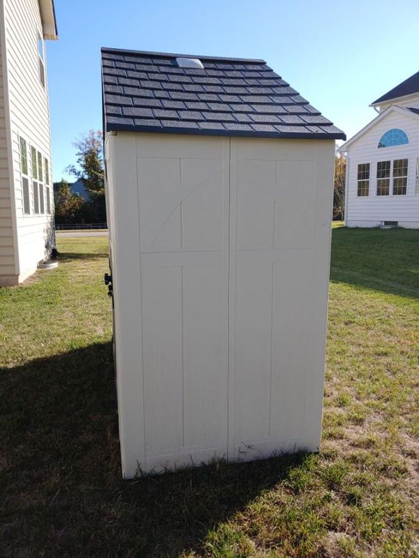 Craftsman CBMS8401 8' x 4' Storage Shed
