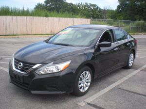 2016 Nissan Altima for Sale in Sharon Hill, PA