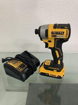 Dewalt brushless impact drill with battery and charger (NEW) for Sale in Miami, FL
