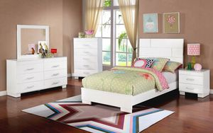 Twin size bedroom set $599 for Sale in Apple Valley, CA