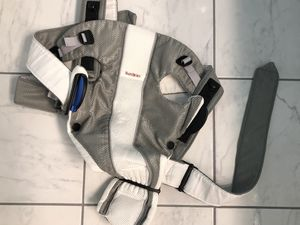 Baby Bjorn Carrier for Sale in Grove City, OH