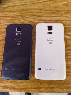 Samsung galaxy s5 16gb original from Verizon & gsm unlocked usa and worldwide. Price is no Negotiable and is $70 for each phone . Buy in store only. for Sale in Atlanta, GA
