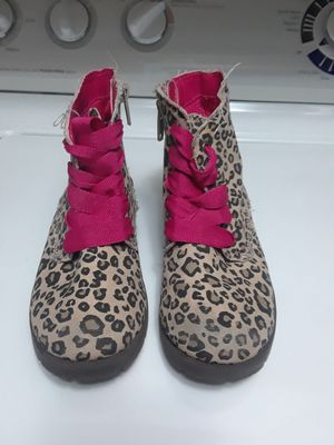 Children's Place Boots for girls Size 11 for Sale in Princeton, TX