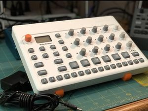 Elektron Model Samples for Sale in New Haven, CT