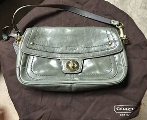 Designer purses and wallets for Sale in Woodbridge, VA