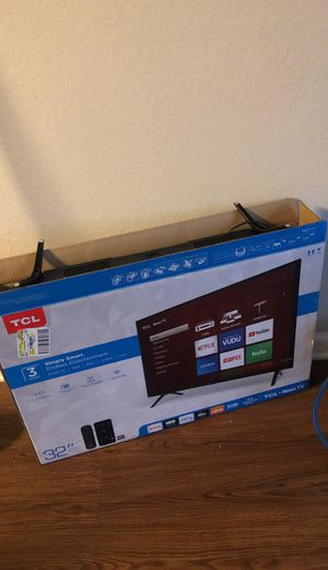 TCL Roku TV 32'' for Sale in Starkville, MS