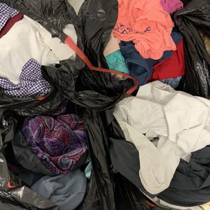 Lot Of 400 Clothes For Girls And Women for Sale in Hollywood, FL