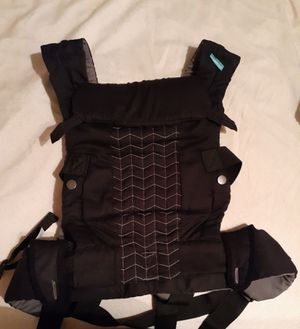 Infantino Carrier for Sale in Baldwin Park, CA