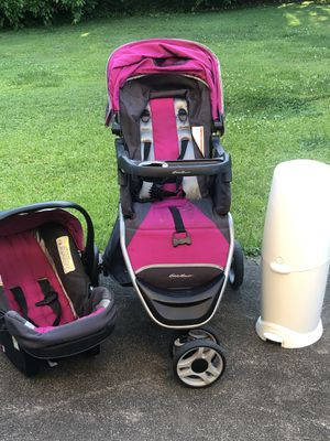 Eddie Bauer Stroller/Car Seat and diaper genie for Sale in High Point, NC