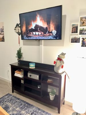 Tv stand/ entryway console table for Sale in Seattle, WA
