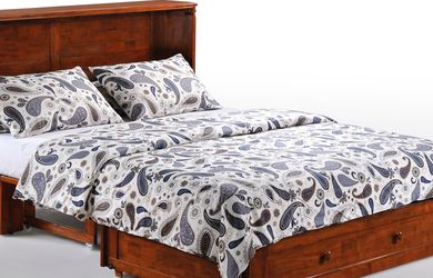 Queen Size Murphy Cabinet Bed for Sale in Vancouver,  WA