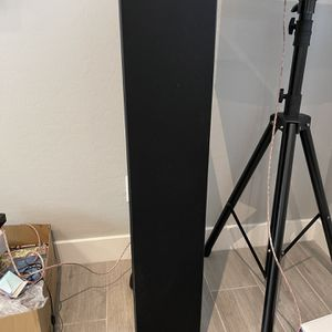Polk Speaker And Yamaha Receiver for Sale in Peoria, AZ