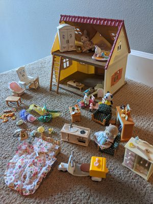Toys! Calico Critters, Doctor Kits, Barbies, Shopkins for Sale in Ridgefield, WA