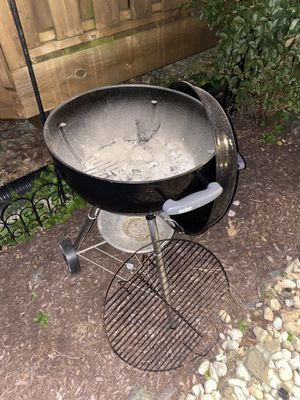Weber Small Charcoal Grill With Grate And Cover for Sale in Lancaster, PA