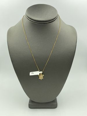 14KT YELLOW GOLD BOX LINK CHAIN w/ 14KT TWO-TONE GOLD TURTLE CHARM for Sale in Rialto, CA