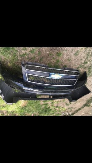 Chevrolet Tahoe front/ rear Bumper and Grille for Sale in Duncanville, TX
