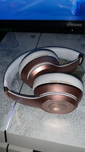 Beats rose gold solos for Sale in Bristol, CT