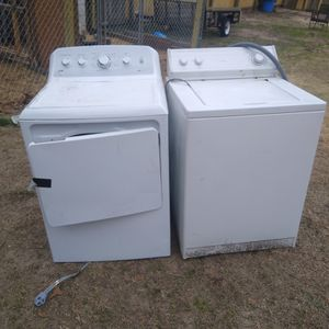 Washer And Dryer Set And Stove for Sale in West Columbia, SC