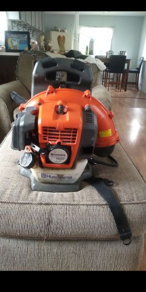 Husqvarna leaf blower for Sale in Lexington, NC