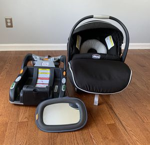 Chicco KeyFit 30 Car Seat with Base Adapter & Mirror for Sale in Cameron, NC
