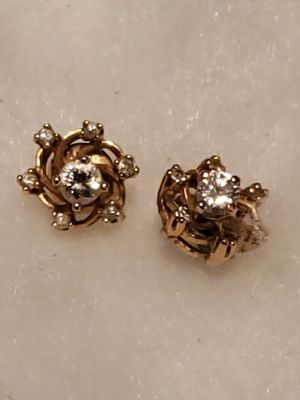 DIAMOND &14k gold earrings for Sale in TWN N CNTRY, FL