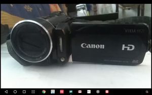 Canon vixia hf21 works great. Fhd for Sale in Denver, CO
