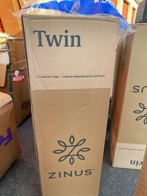 """Brand new twin size 6"""" memory foam zinus mattress! for Sale in Berkeley, CA"""