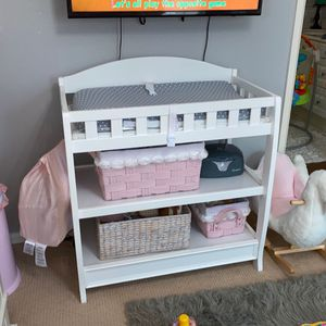 White Changing Table With Pad for Sale in Upland, CA