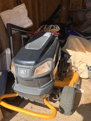 "2016 Craftsman EliteSeries 42"" 22 HP V-Twin Kohler Riding Mower with Turn Tight® Extreme for Sale in Glendale, AZ"