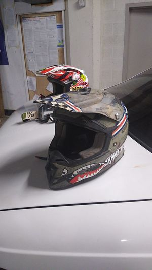 Dirt bike helmet for Sale in San Francisco, CA