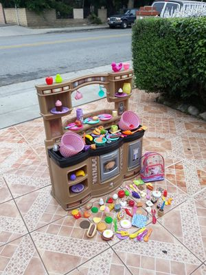 Toy kitchen for Sale in Baldwin Park, CA