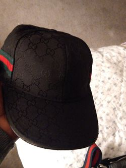 Gucci Hat With Man Bag All Black for Sale in Tacoma,  WA