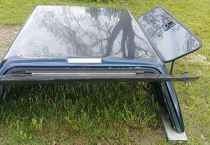 Leer Fiberglass Camper top for Sale in Broxton, GA