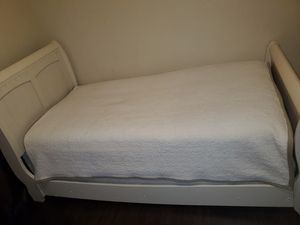 Twin bed frame for Sale in Sacramento, CA