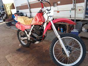 1982 Honda xr500r dirt bike good spark but no compression for Sale in Phelan, CA