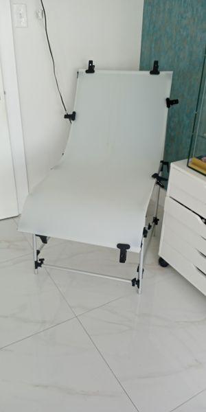 Mesa para fotografiar for Sale in Miami, FL