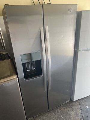 WHIRLPOOL STAINLESS STEEL SIDE BY SIDE COUNTER DEPTH for Sale in San Clemente, CA